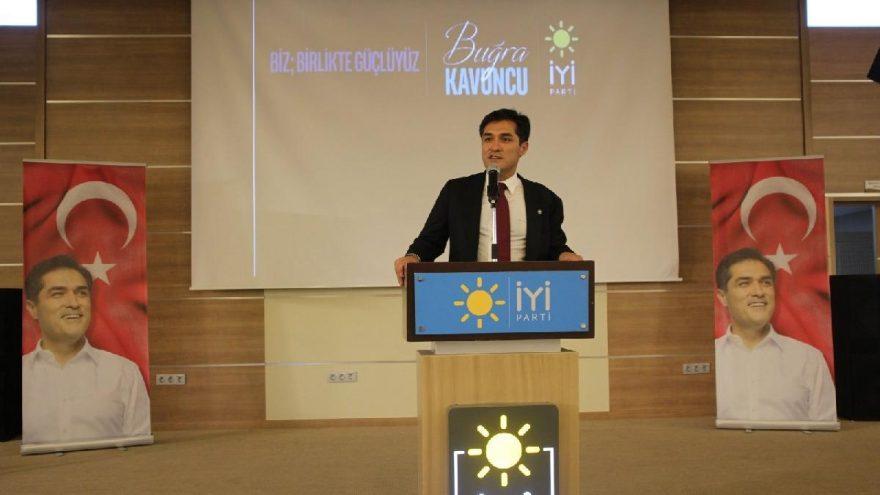 İYİ Partili Kavuncu'dan çarpıcı Ayasofya yorumu: Erken seçim duyarsak hiç şaşırmayalım!