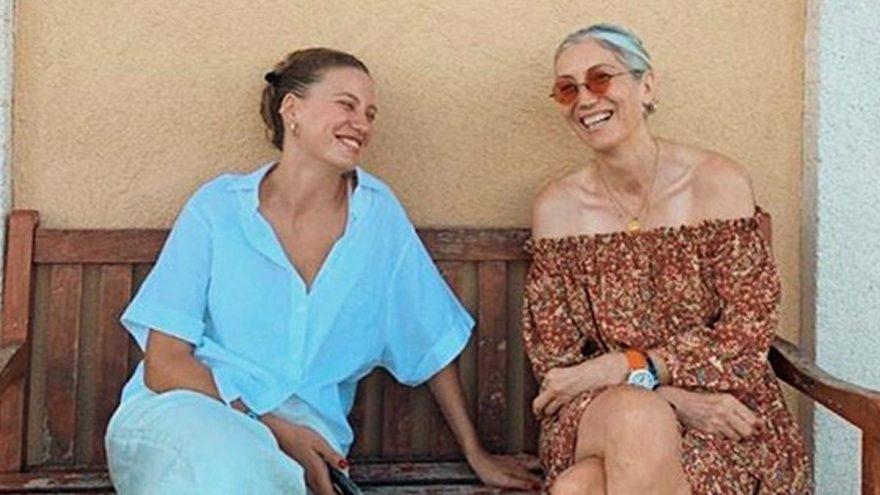 Serenay Sarıkaya'nın annesiyle görüldüğü kareye, Yonca Evcimik'ten ilginç yorum