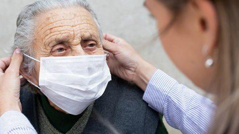 Alzheimer hastaları pandemi sürecinde unutulmadı