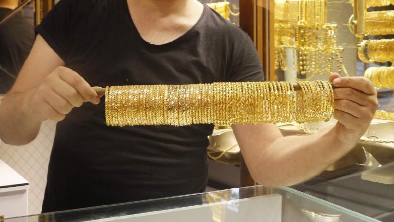 Evlilik hazırlığı yapanları altın fiyatları vurdu