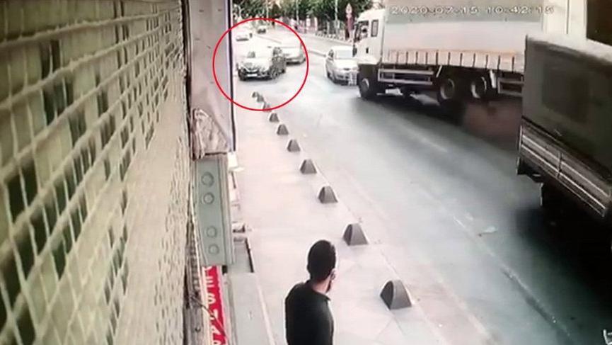İstanbul'da feci kaza! Kaymakam son anda kurtuldu