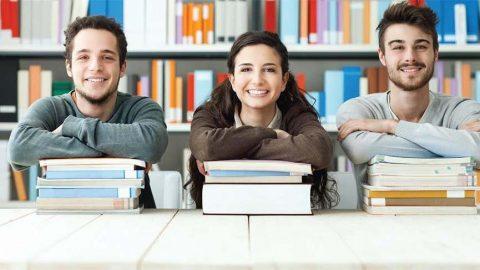 Kitapsız üniversiteler!