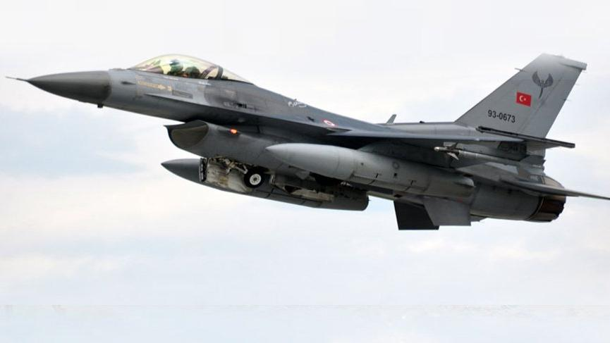 Azerbaycan'dan flaş iddia: Türk F-16'ları Ermenistan sınırında uçtu!