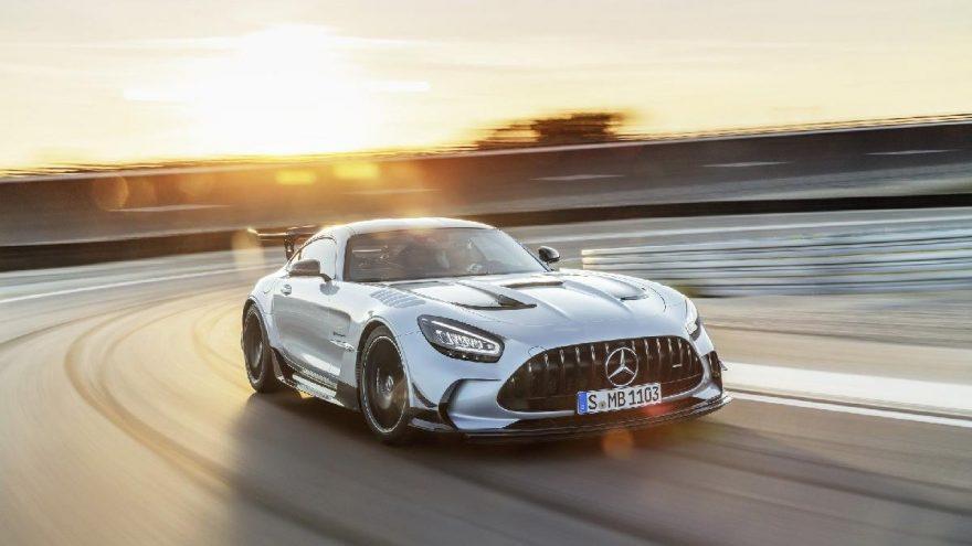 En güçlü V8 motorlu Mercedes!