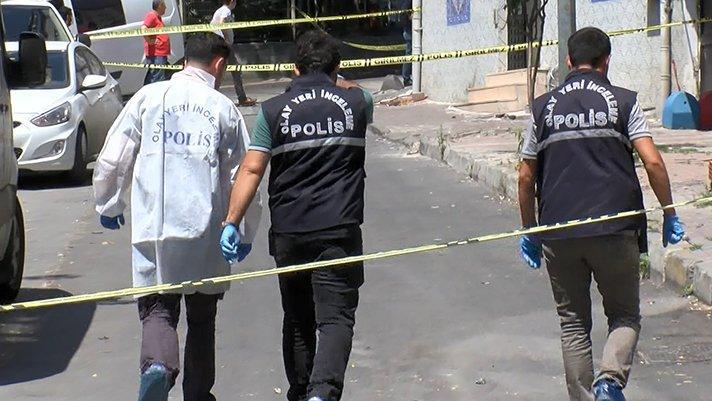 İstanbul'da silahlı saldırı sonucu bir polis şehit oldu