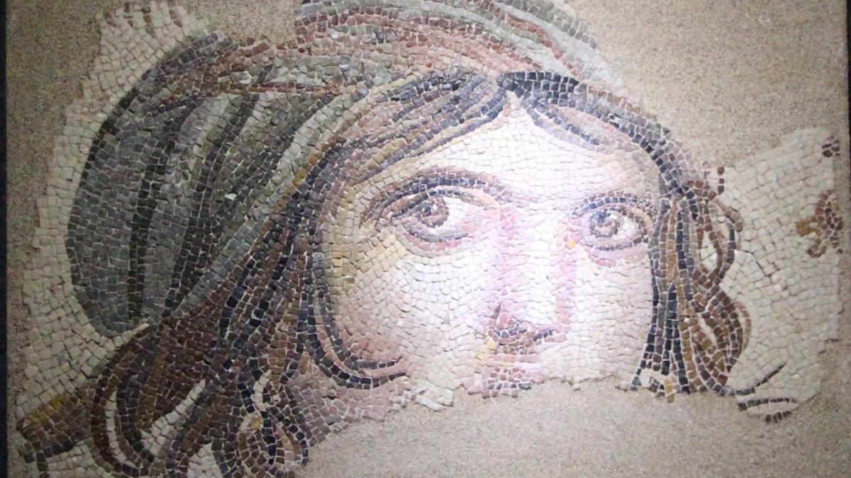 Arkeolog Merve Kaçmış'ın intiharında sır perdesi aralanıyor! Zeugma Müzesi'nde 10 eser kayıp