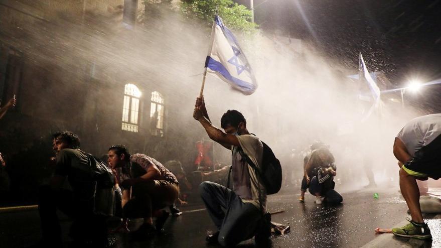 Başbakanlık önünde arbede: Çok sayıda gözaltı