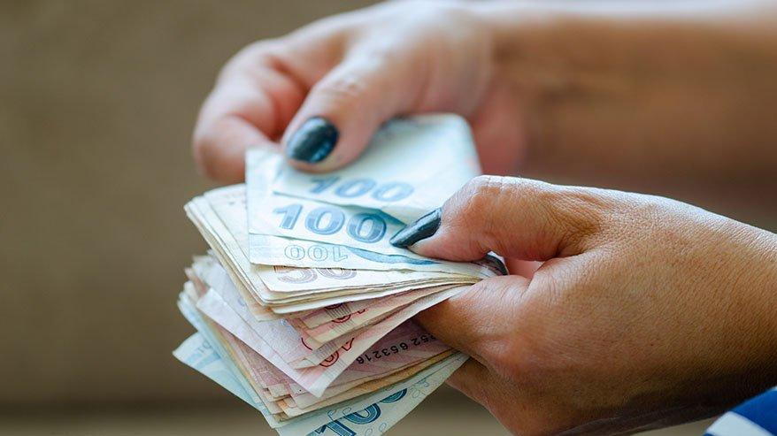 Emekli ikramiyesi yattı mı? Emekli bayram ikramiye ödeme günleri neler?