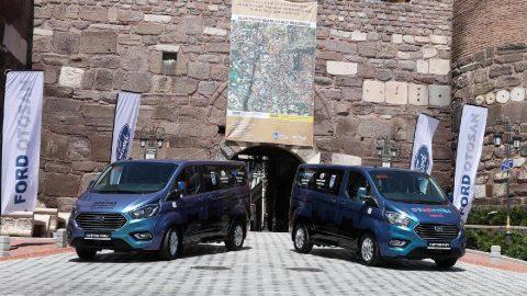 Türkiye'nin ilk ve tek hibrit motorlu ticari aracı yollarda!