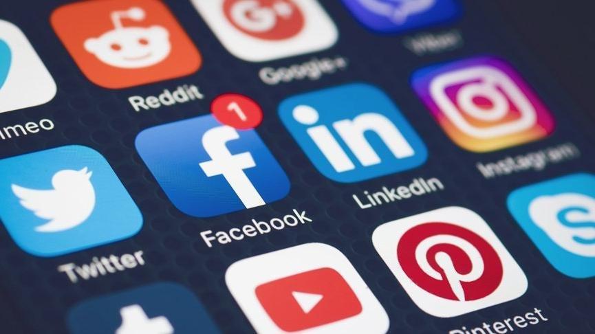 Sosyal medya yasasında neler yer alıyor? Nelere ceza var?
