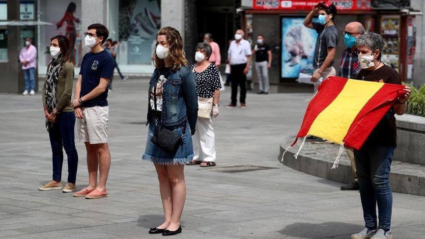 İspanya'da ikinci dalga uyarısı!