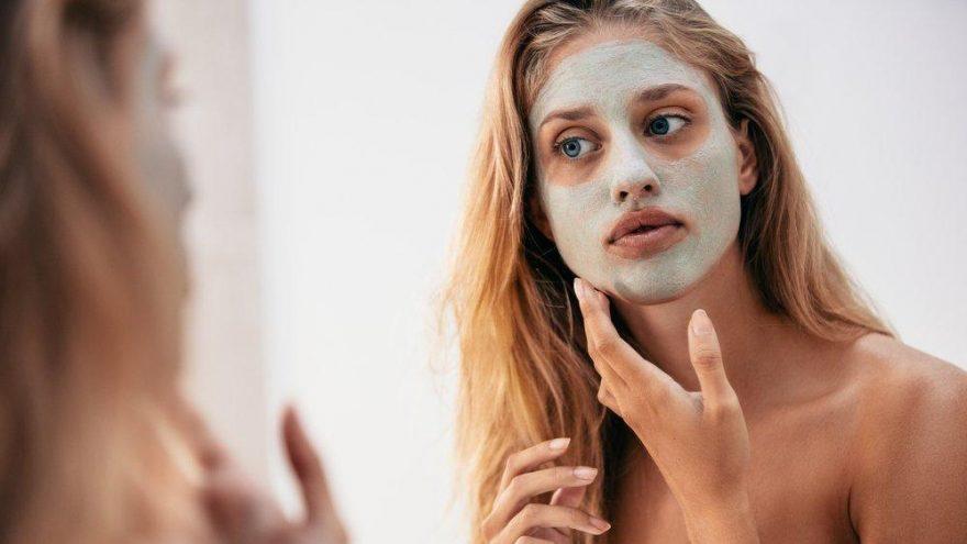 Gözenekleri sıkılaştıran maske ve peeling tarifleri…