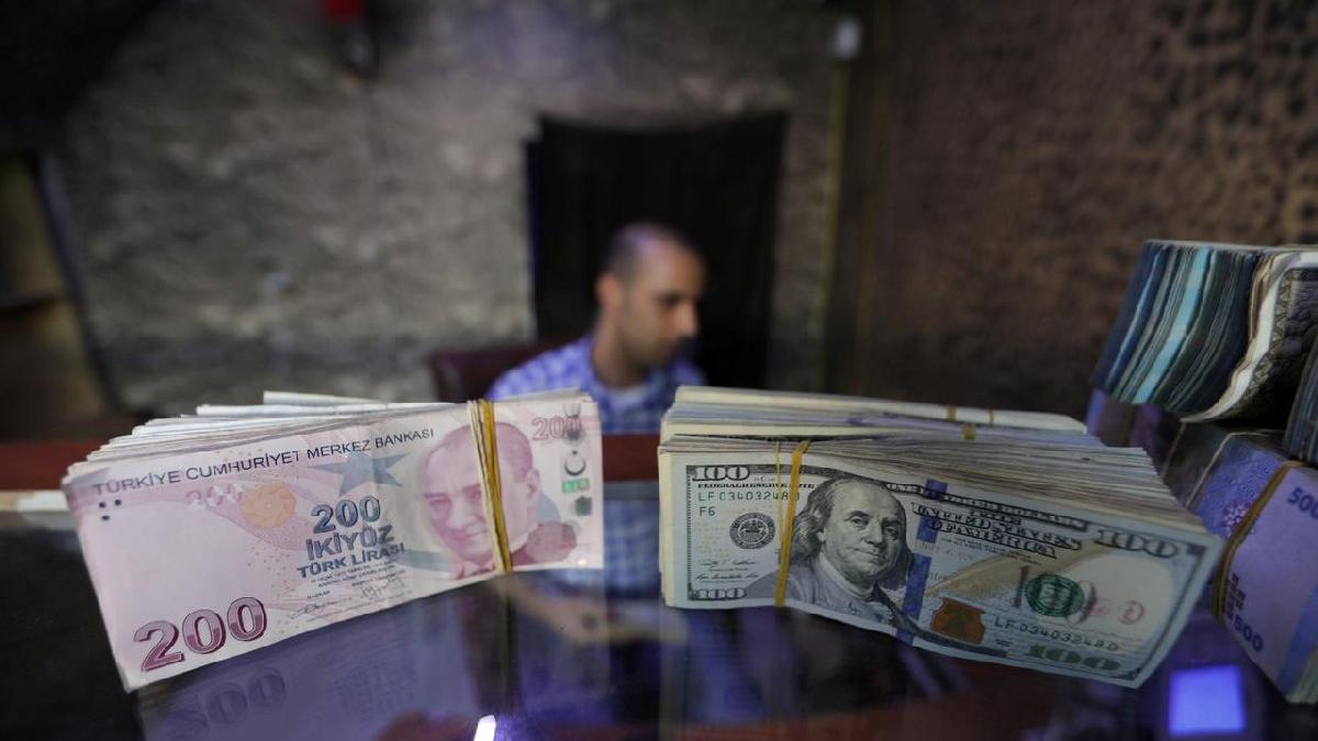WSJ: Yabancı yatırımcı Türkiye'den kaçıyor, krediler geri dönmeyebilir