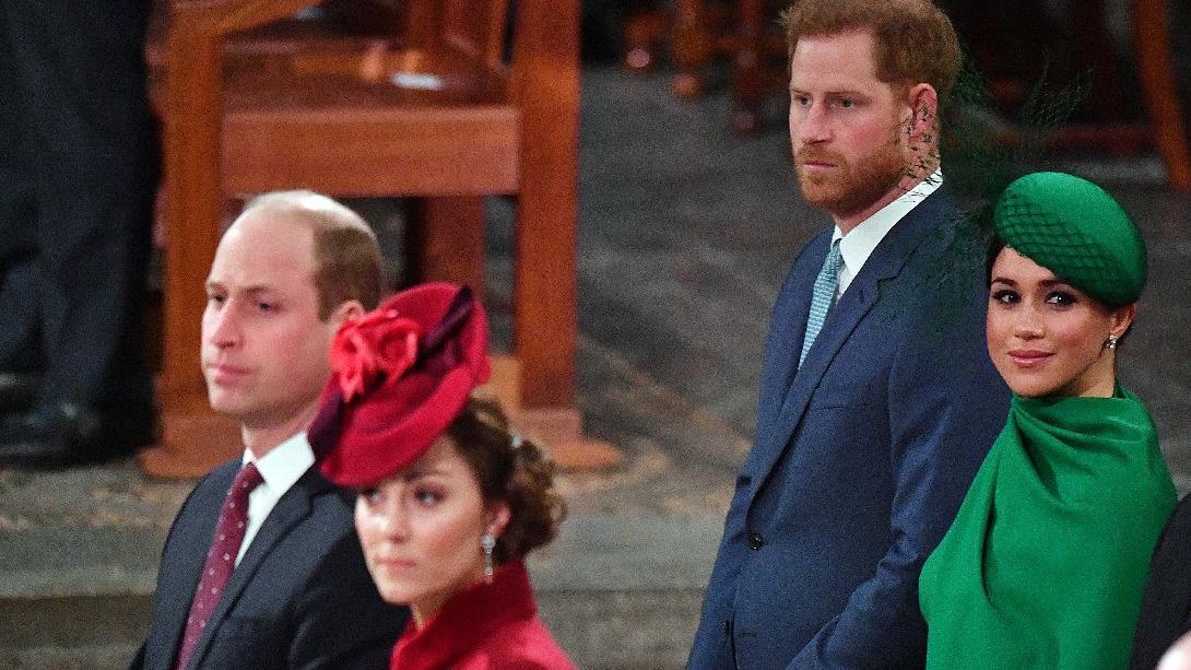Prens Harry ve Meghan Markle'ın, Prens William ve Kate'i kıskandıkları iddia edildi