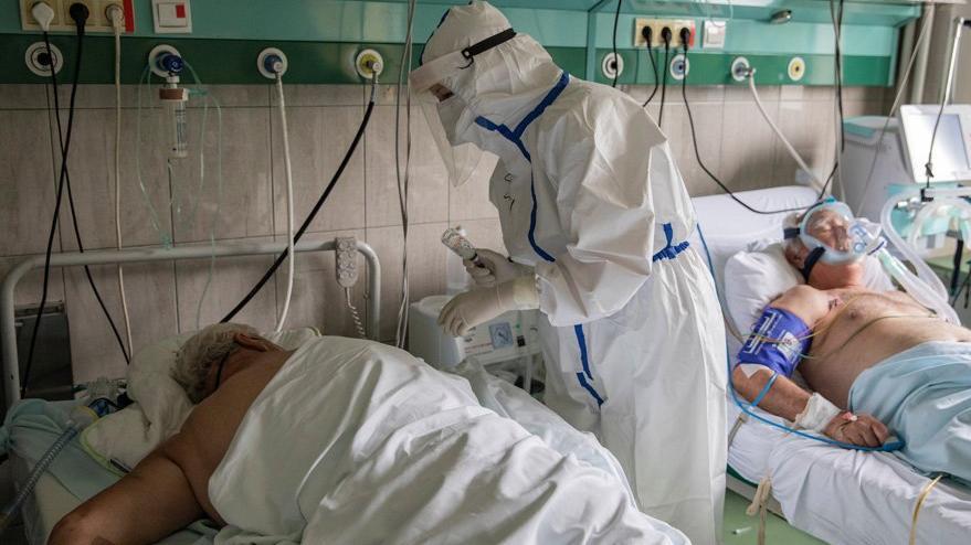 Corona virüsünde son durum: Ülke şokta, yendik derken rekor ölüm açıklandı
