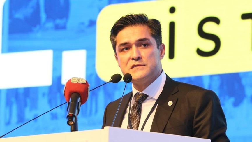 İYİ Parti İstanbul'da Buğra Kavuncu'yla devam dedi!