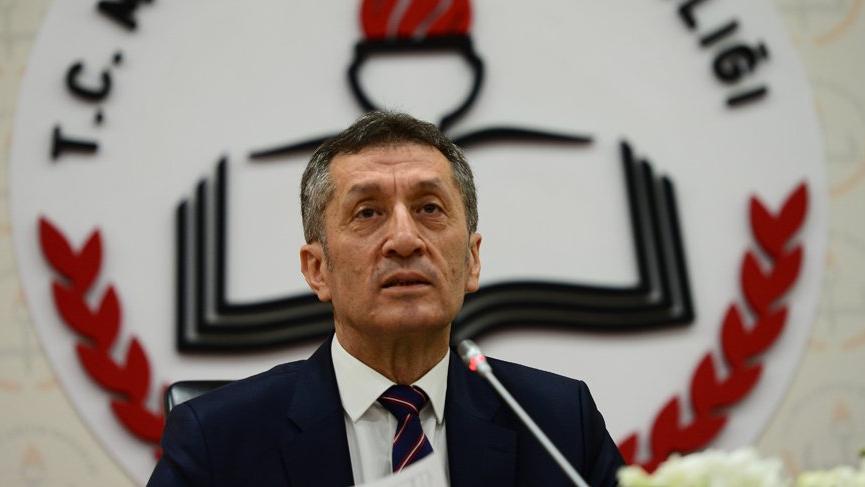 Milli Eğitim Bakanı Selçuk'tan okulların açılmasıyla ilgili yeni açıklama