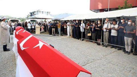 Mersin'de şehit olan 4 asker için cenaze töreni düzenlendi
