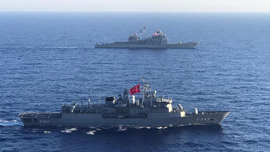 MSB duyurdu: ABD uçak gemisi muharebe grubu ile Akdeniz'de eğitim icra edildi