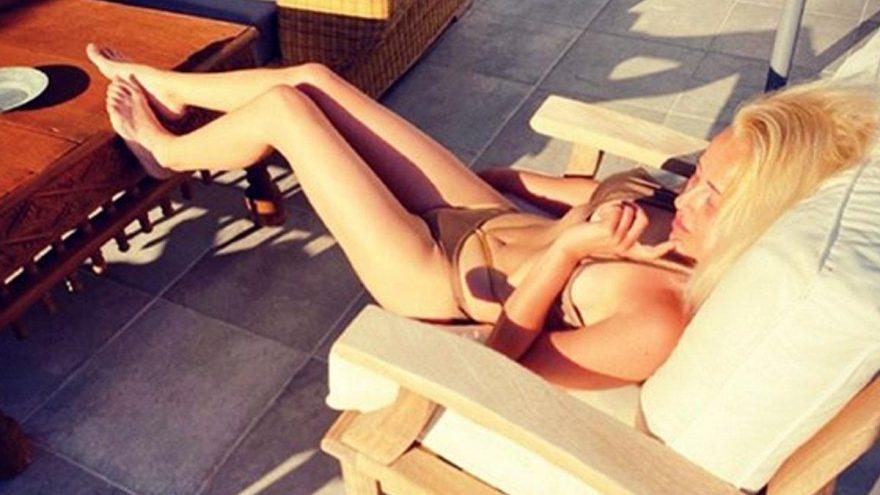 Helin Avşar'ın bikinili paylaşımına abla yorumu…