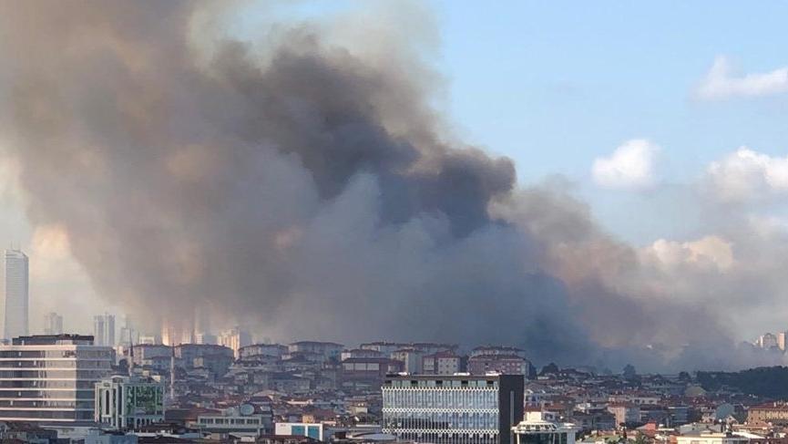 İstanbul Maltepe'de yangın!