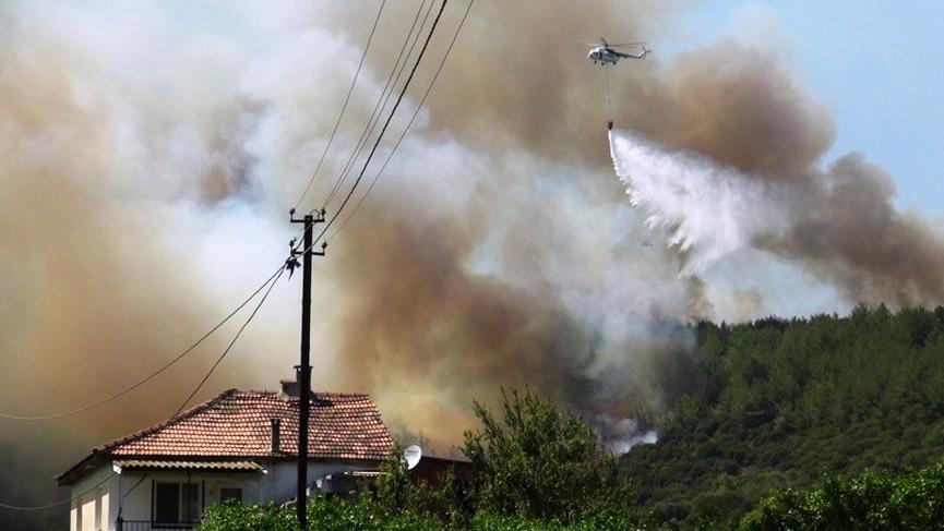 İzmir'deki yangın güçlükle söndürüldü!