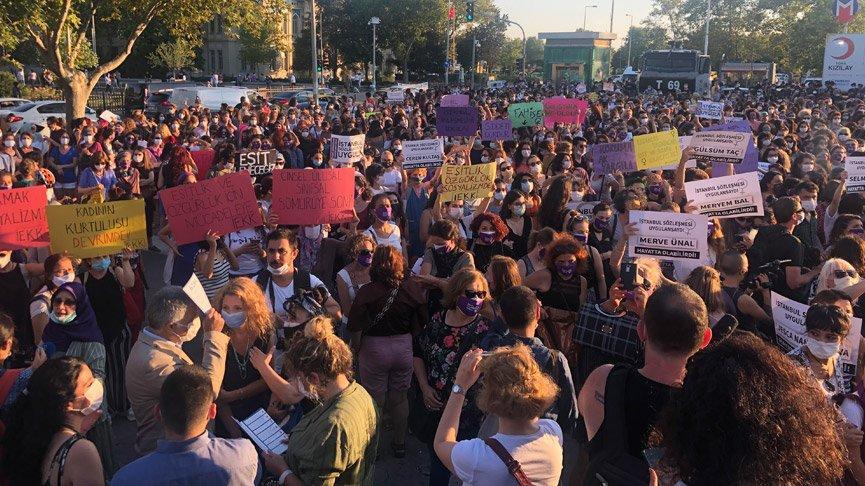 Türkiye'nin birçok ilinde kadınlar 'İstanbul Sözleşmesi uygulansın' dedi