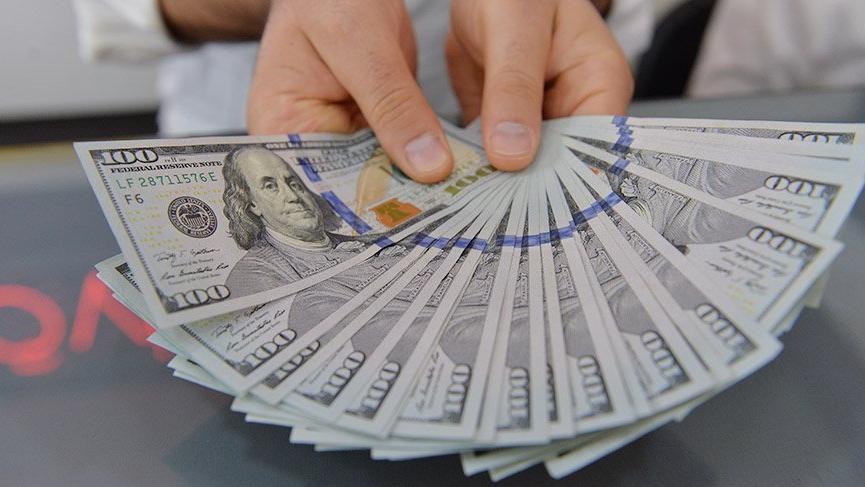 Dövize talep de doları yukarıda tutuyor