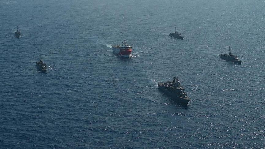 Oruç Reis Navtex bölgesine girdi! Yunanistan Deniz Kuvvetleri'nde kırmızı alarm iddiası