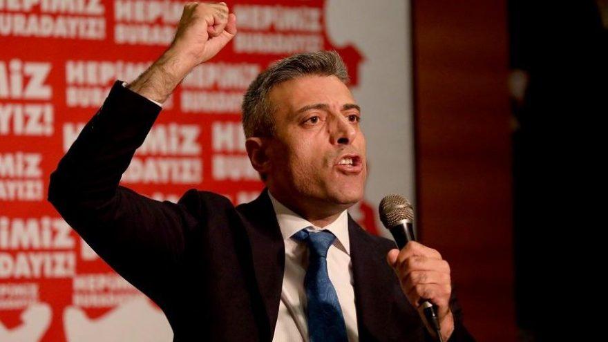 Öztürk Yılmaz kurduğu partinin Genel Başkanı seçildi