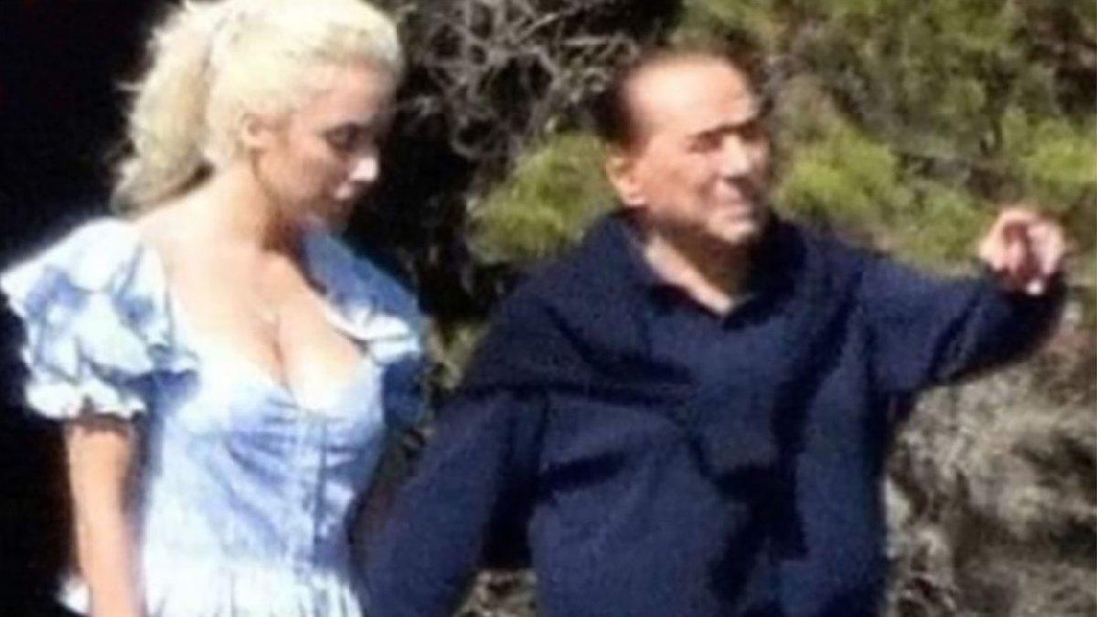 Berlusconi 53 yaş küçük sevgilisiyle el ele görüntülendi