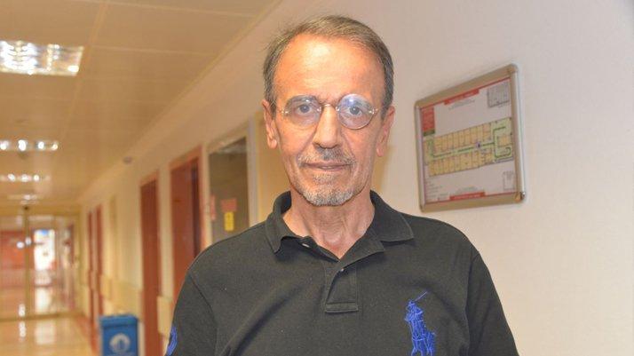 Prof. Dr. Ceyhan açıkladı: Saç dökülmesi corona belirtisi mi?