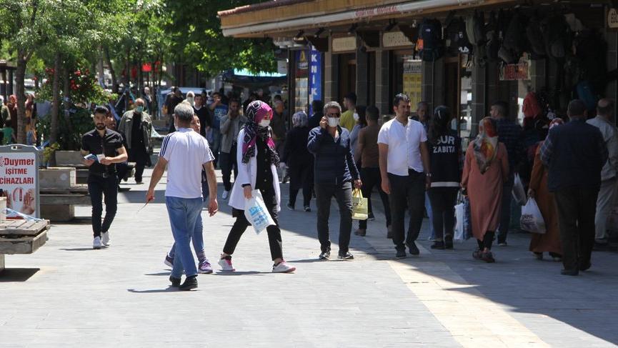 'Türkiye'deki ilk 5 il içerisinde yer alıyor' Validen corona tedbiri açıklaması: Artık yasak