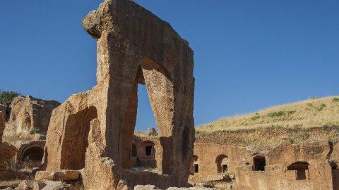 Dara Antik Kenti'nde dünyada benzeri olmayan galeri mezara ilgi