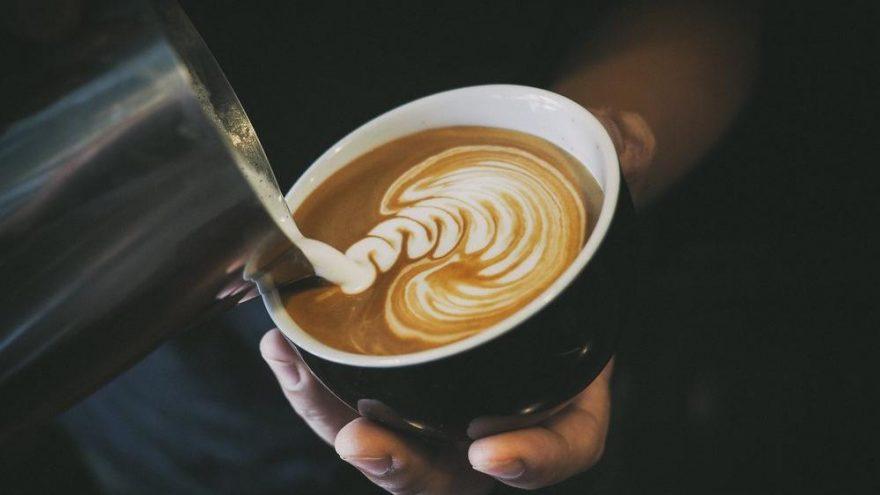 Kahveyi sakın böyle içmeyin