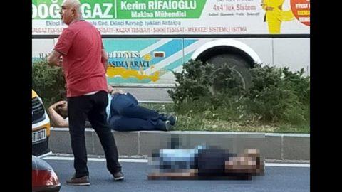 Trafikte çıkan kavgada silahını çeken polis dehşet saçtı