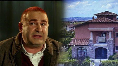 Şafak Sezer villasını satıyor