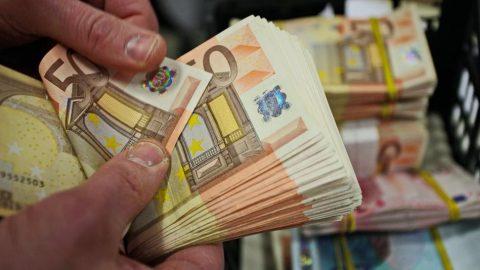 Euro Bölgesi'nde deflasyon başladı