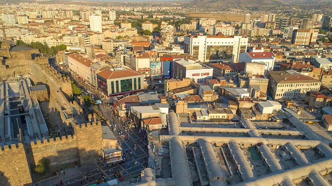 CHP'li Arık: Kayseri'deki günlük vaka sayısı, Türkiye'deki vaka sayısı kadar