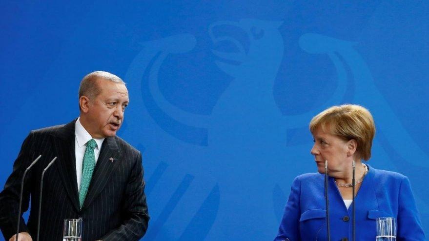 Erdoğan, Almanya Başbakanı Merkel ile görüştü!