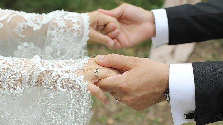 72 saatte 5 düğüne gitti, şimdi hastanede yatıyor