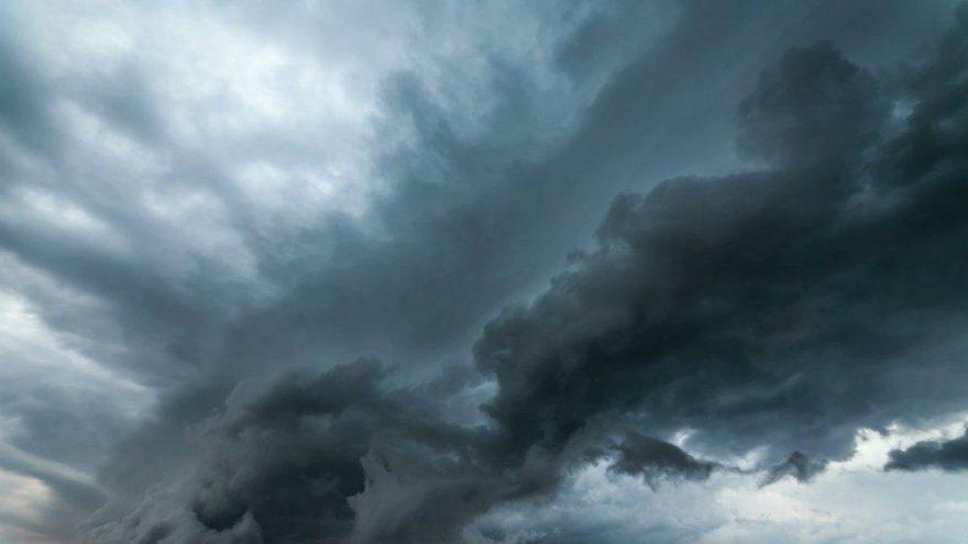 Yağışlarla beraber sıcaklık düşüyor! İstanbul'da hava durumu değişti…