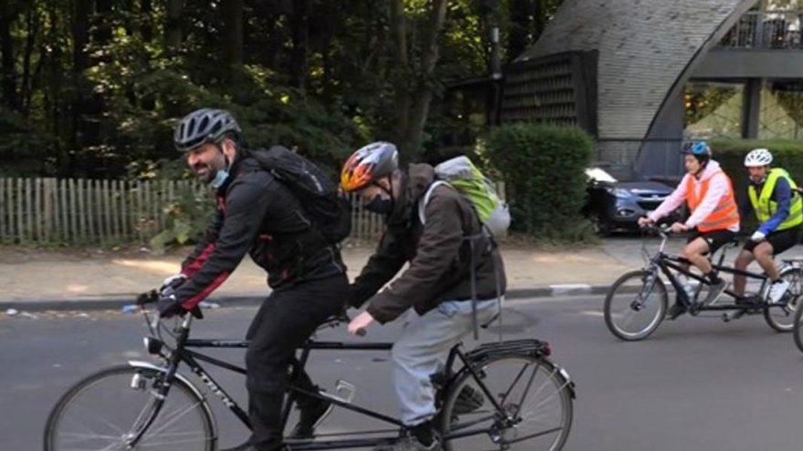Durmuş Ünal görme engellilerle bisiklet turunda