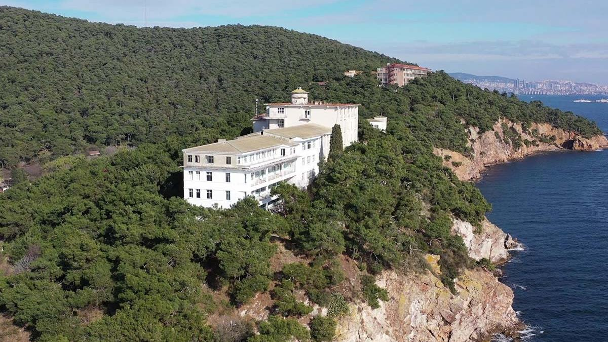 Hastane arazisi Diyanet'e verildi