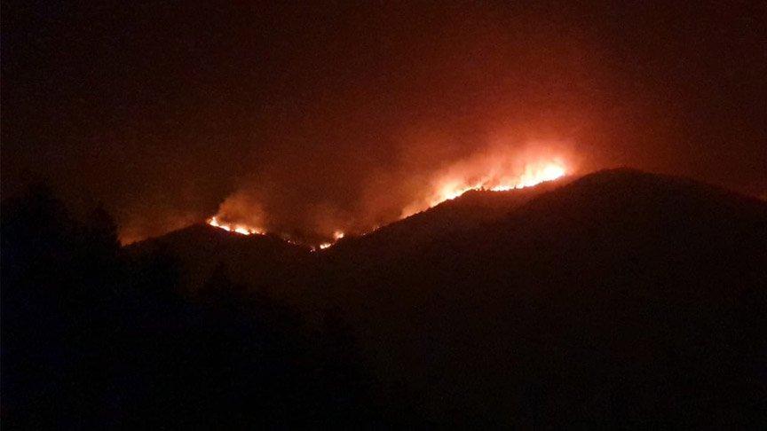 Hatay'daki yangın 3 mahalleye ulaştı!
