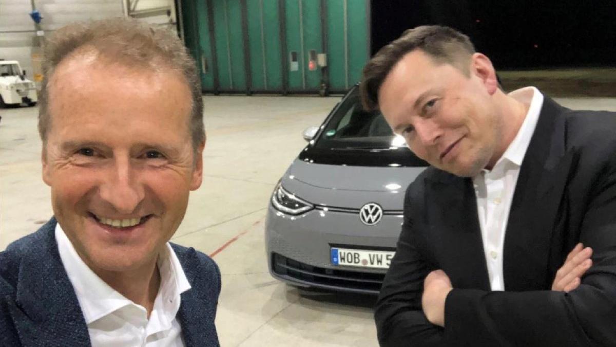 Tesla ve Volkswagen aynı karede!