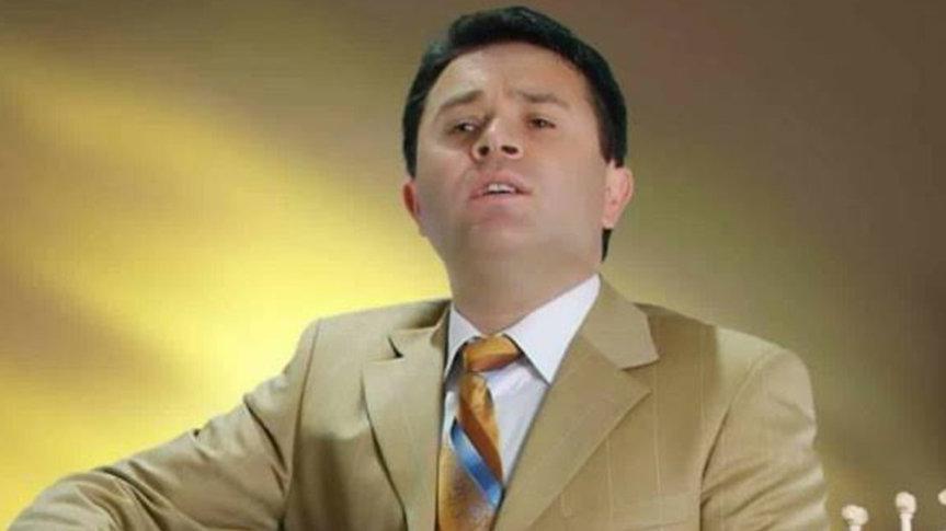 Türkücü Taner Olgun corona virüsü sebebiyle hayatını kaybetti