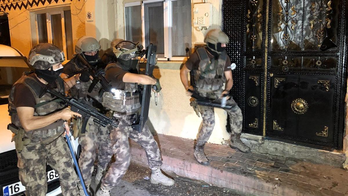 Bursa'da bin 500 polisle uyuşturucu operasyonu