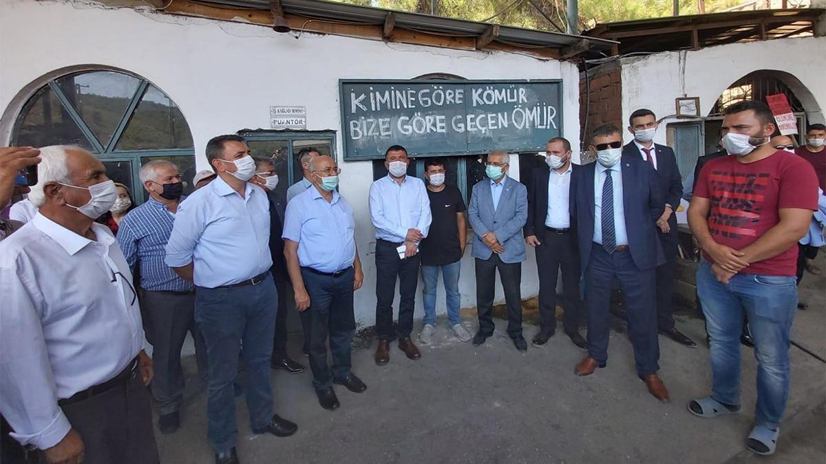 CHP ve İYİ Partili vekillerden 13 aydır ücretlerini alamayan maden işçilerine destek