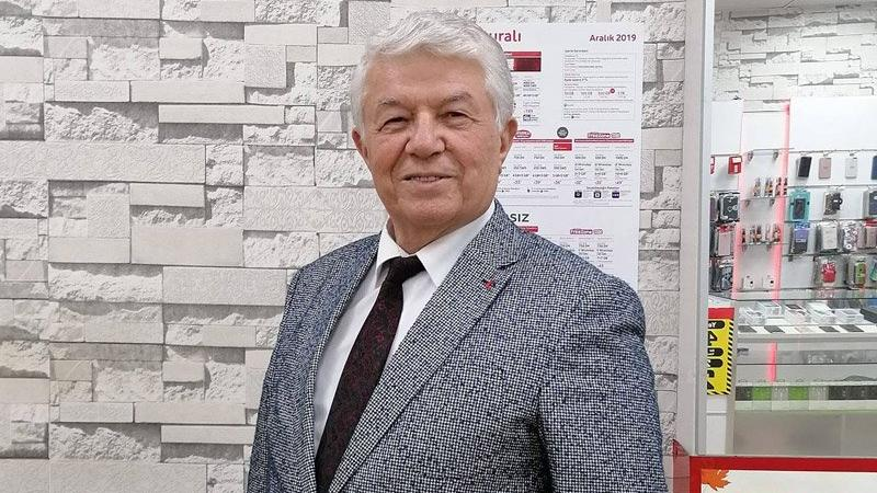 Manisa'da AKP'li meclis üyesi Covid-19 nedeniyle hayatını kaybetti